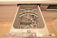 その他設備:洗い物の時間を短縮!ビルトインの食洗器ついてます♪